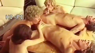 Retro Pissing - 6