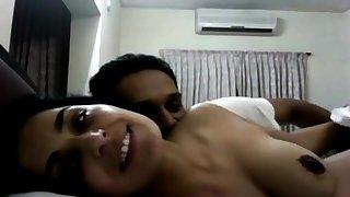 Ultra Hot - Pakistani actress Meera with Naveed sex video