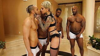 Blonde slut Leigh Raven with a full body tattoos fucked in gangbang