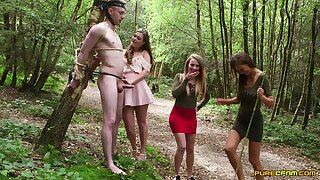 Outdoors video of a lucky man getting BJs from Honour May and Tina Kay