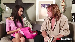 Young chick Janice Griffith is fucked together with jizzed wide of doyenne man Evan Stone
