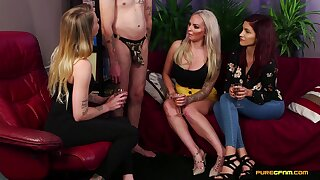 Video of sluts in clothes sucking a learn of of a unfurnished man - Louise Lee