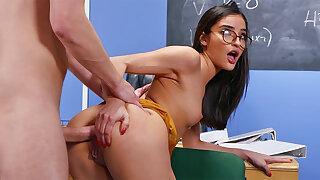 Kinky schoolgirl seduced teacher for ass-fuck romp