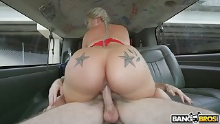 Chubby big bottomed blond head Ashley Barbie is fucked in the car